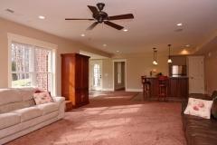 08002-cashion-house-basement-photo3