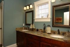 08002-cashion-house-master-bath-photo